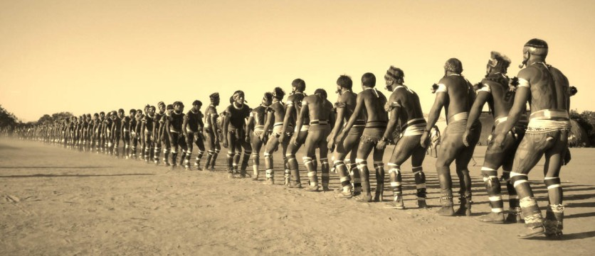 Festa do Kuarup na aldeia Yawalapiti Parque Indígena do Xingu, Mato Grosso, Brasil. Foto Eric Stoner 08/2007